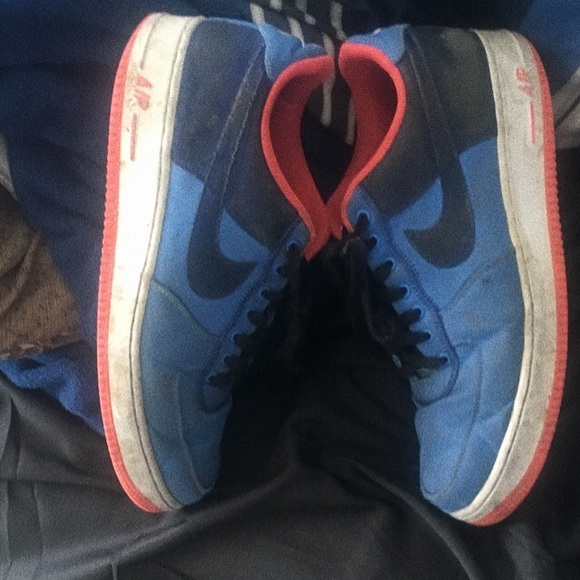 Distinct BlueAtomic Red Nike AF1 (2013)